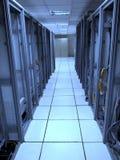 Старый шкаф центра данных с левой стороной за кабелями Стоковые Изображения RF