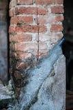 Старый штендер кирпича стоковое изображение rf