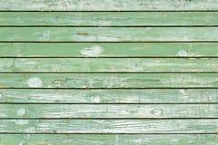 Старым стена покрашенная зеленым цветом деревянная Стоковое Изображение RF