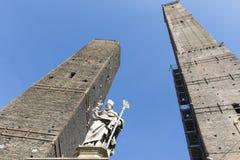 2 старых башни в болонья, Италии Стоковые Фото