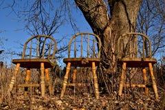 3 старых стуль Виндзора вышли outside4 Стоковые Изображения