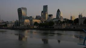 Статический рассвет снятый города Лондона видеоматериал