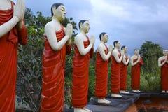 Статуи буддийского монаха, Шри-Ланка Стоковые Фото