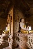 Статуи Будды внутри виска в Bagan Стоковые Фотографии RF
