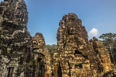 Статуи виска Bayon, Камбоджа стоковые изображения rf