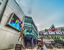 Статуи волшебства и Kareem на Staples Center Стоковое фото RF