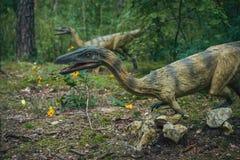 Статуи динозавров хищника Стоковое Изображение