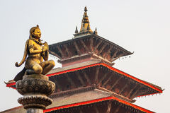 Статуи и украшения в квадрате Patan Durbar, Непале Стоковая Фотография RF