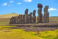 Статуи камня Moai на Rapa Nui - острове пасхи Стоковое Изображение RF
