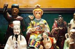Статуи китайского божества на виске Гонконга стоковое фото rf