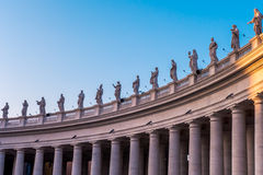 Статуи на квадрате StPeters в Ватикане Стоковые Фото