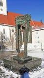 Статуи холокоста Братиславы квадрат собора St Martins нацистской inMemorial стоковые фотографии rf