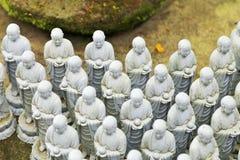 Статуи Jizo на виске Hase Dera Стоковые Фото