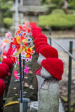Статуи Jizo на парке Shiba в токио Стоковые Фотографии RF
