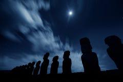 статуи nigth острова пасхи Стоковая Фотография RF