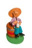 Статуэтка человека сидя на пиве бочонка Стоковая Фотография RF