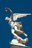 Статуя ангела в кладбище Стоковые Изображения