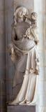 Статуя Антверпена - Madonna в интерьере собора нашей дамы стоковое фото