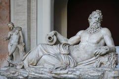 Статуя бога Арно реки стоковое фото