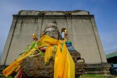 Статуя Будды вышла в лес на 100 лет в виске wiwekaram Стоковое Изображение
