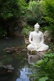 Статуя Будды в саде Андре Heller Стоковая Фотография RF