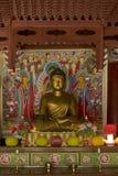 Статуя Будды в Северной Корее виска Pohyon Стоковое фото RF