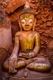 Статуя Будды в Bagan, Бирме (Мьянма) стоковые фото