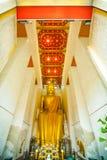 Статуя Будды золота Стоковое Изображение RF