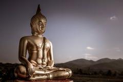 Статуя Будды золота Стоковая Фотография
