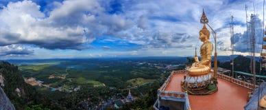Статуя Будды на взгляд сверху Стоковые Фотографии RF