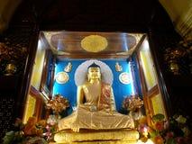Статуя Будды на виске Mahabodhi, Bodhgaya Стоковое фото RF