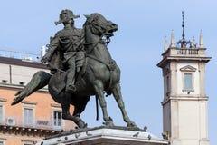 Статуя Виктора Emmanuel II в милане Стоковые Фотографии RF