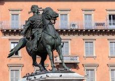 Статуя Виктора Emmanuel II в милане стоковые изображения