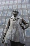 Статуя викторианского железнодорожного инженера Роберта Stephenson стоковая фотография rf
