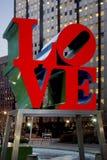 Статуя ВЛЮБЛЕННОСТИ, Филадельфия, Пенсильвания Стоковое Изображение