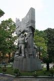 Статуя военного мемориала в парке, Ханое 2 Стоковые Фото