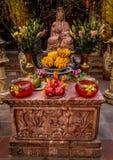Статуя в виске в Ханое, Вьетнаме стоковое фото rf