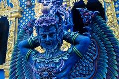 Статуя в виске сини Wat Rong Suea 10 в Таиланде Стоковое Изображение