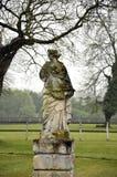 Статуя в парке стоковые фотографии rf