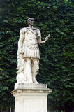 Статуя в саде Тюильри, Париже, Франции Стоковые Изображения