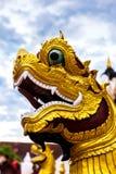 Статуя в солнечном свете, Таиланд предохранителя дракона буддизма Религия Стоковые Фотографии RF
