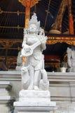Статуя в Tirta Empul Стоковые Фотографии RF
