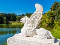 Статуя грифона Существования грифонов ismythological, который подогнали Стоковое фото RF