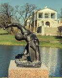 Статуя гладиатора в парке Катрина в Tsarskoye Selo Стоковое фото RF
