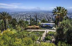Статуя девой марии на верхней части Cerro San Cristobal, Сантьяго, Чили Стоковые Изображения