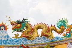 Статуя дракона с серой предпосылкой неба Стоковая Фотография