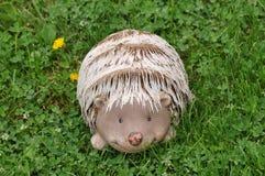 Статуя ежа декоративная для сада Стоковая Фотография RF