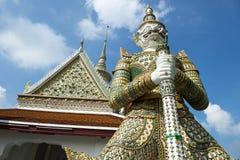 Статуя демона обезьяны на грандиозном дворце Бангкоке Таиланде Стоковое Изображение