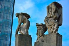 статуя женщины дерева Стоковое Изображение