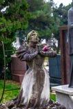 Статуя женщины моля стоковые изображения rf